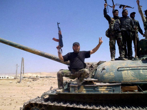 Syrian opposition commits to fight IS