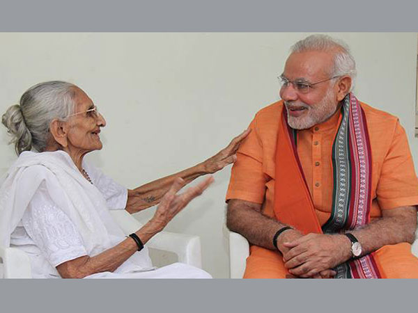 PM Modi meets his mother on his birthday