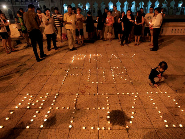 Airlines lambasts author of book on MH37