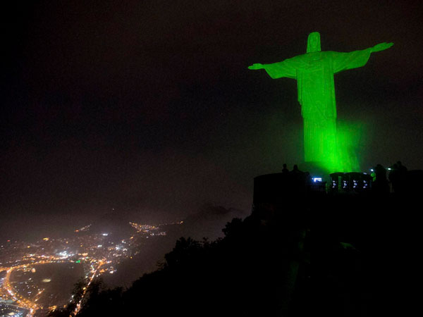 Christ the Redeemer goes green