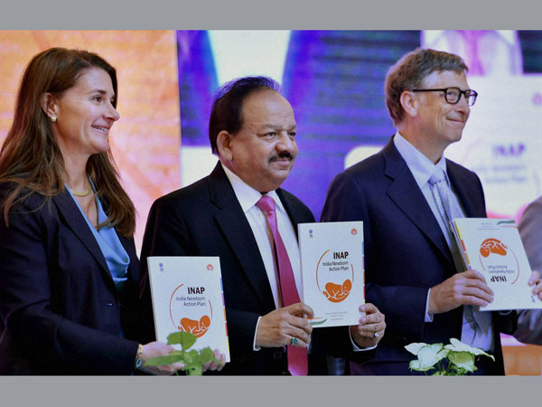 Union Health Minister Harsh Vardhan with Bill Gates