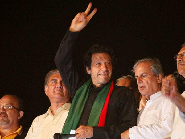 Khan demands release of his partymen