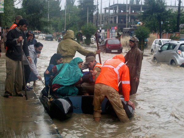 Floods and beyond: Local volunteers rise up to the occasion to help Kashmir recover