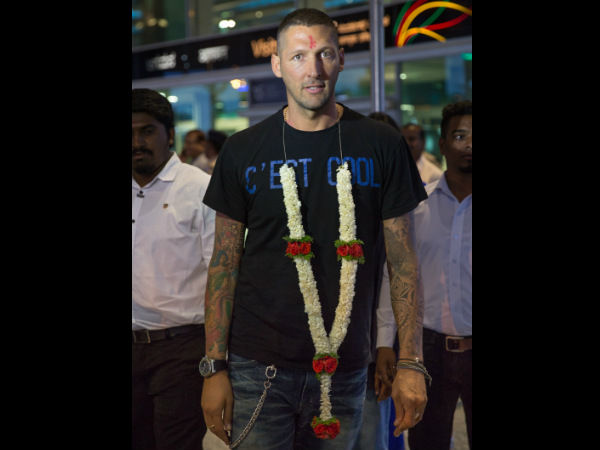 Marco Materazzi is welcomed at the Bangalore airport on Saturday night.