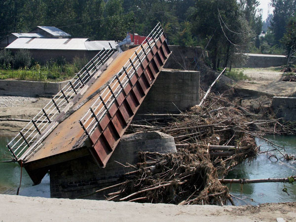 A bridge that connects Pulwama to Srinagar lays destroyed