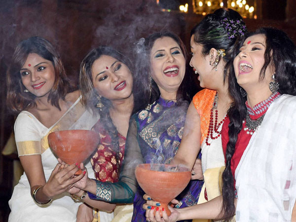 Tollywood actresses dance with 'Dhunuchi'