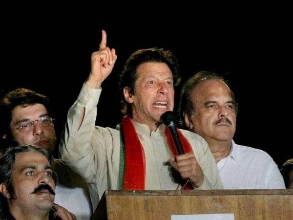 Imran asks ethnic communities to unite