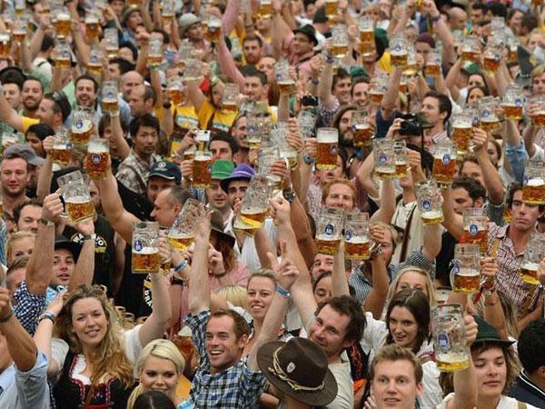 Oktoberfest attracts one million visitor