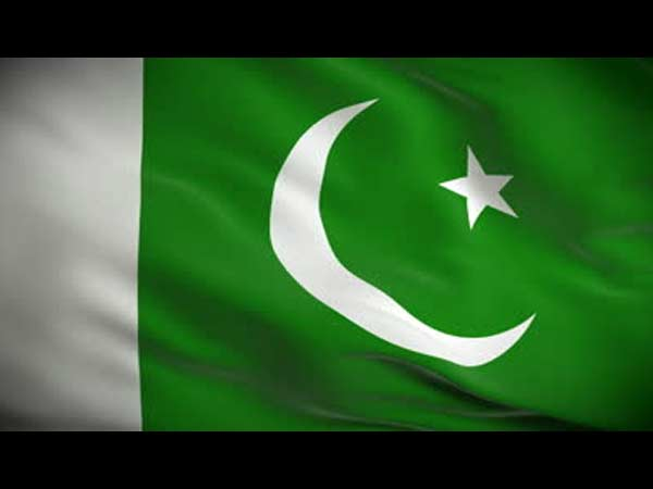 Militants mistake Pak ship to be US ship