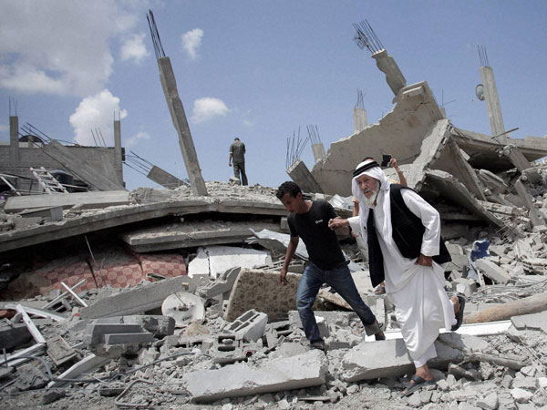 Libyan groups strike back on IS