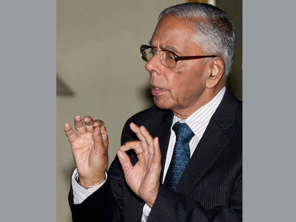 India faces several dangers, but not in Kashmir: Ex-NSA Narayanan