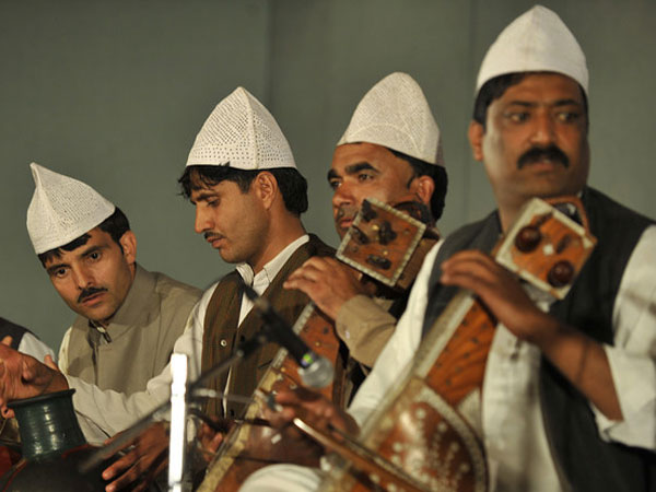 Kashmiri melodies at Delhi concert!