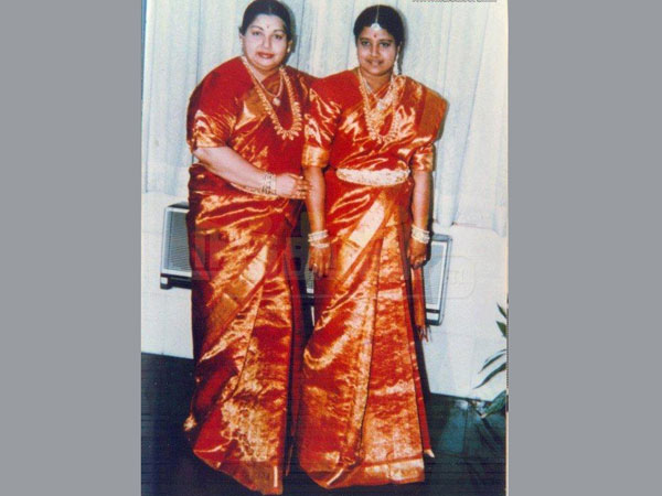 ramachandran and jayalalitha relationship questions