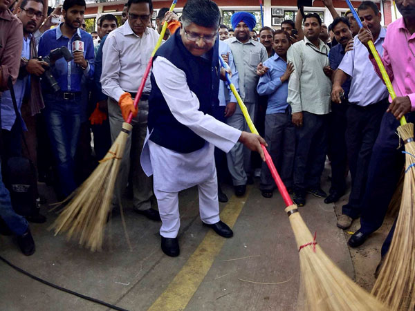 Tribute to Gandhi: Take cleanliness drive in residential areas, Govt tells employees