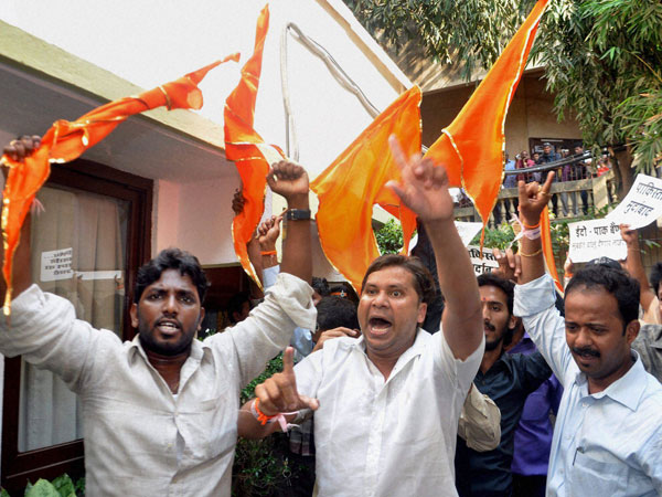 Shiv Sena returns to pro-Marathi agenda