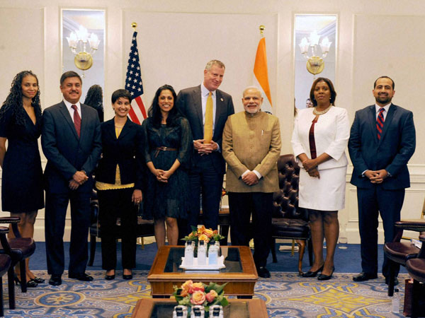 Modi visits 9/11 memorial, pays homage to terror victims