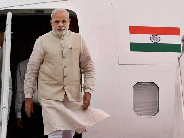 Modi meets Nobel Laureate Harold Varmus
