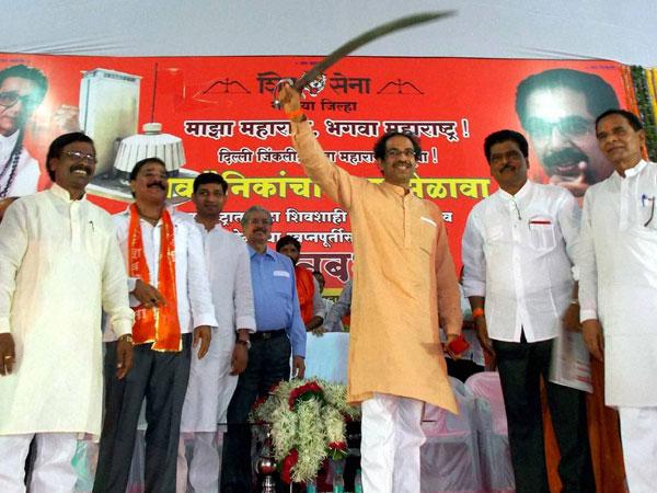 Shiv Sena hits out at BJP in 'Saamana'