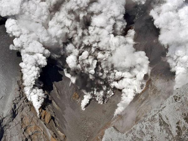 Modi expresses grief over Japan volcano