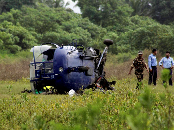 Army helicopter crashes, 3 killed