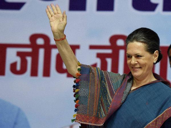 BJP making false promises: Sonia Gandhi