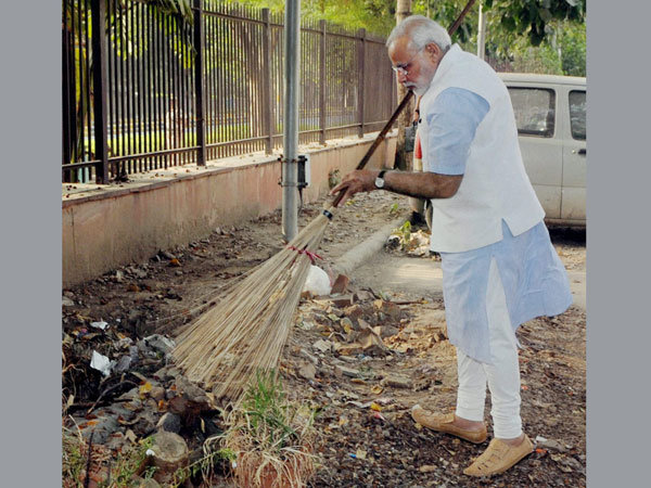 Modi happy with Swachh Bharat response