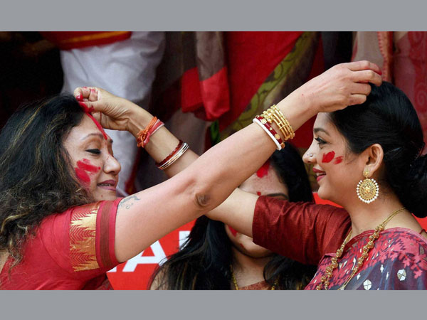 Tollywood actresses celebrate 'Sindur Khela'