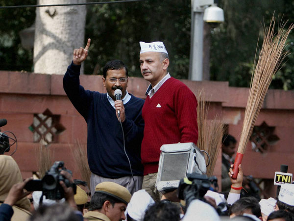 AAP's demands for e-rickshaw owners