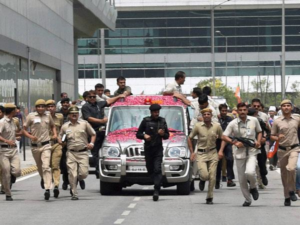 Daring: Modi cuts his security to size