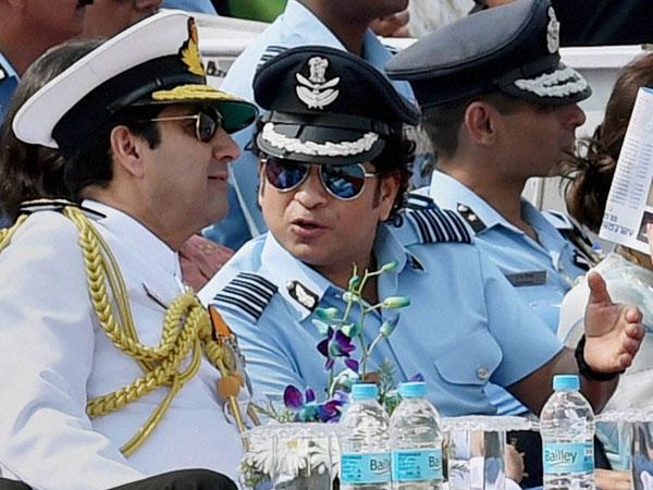 Sachin attends IAF Day celebration