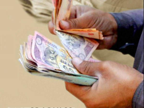 EC teams seize money from Maha, Haryana