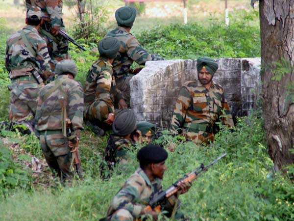 Pak violations: Protests in Delhi