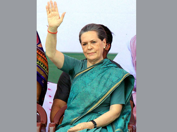 Sonia: BJP spreads hatred in society