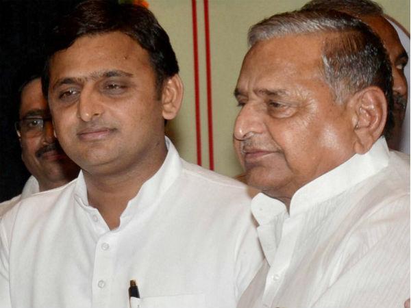 Akhilesh Yadav slams Mayawati
