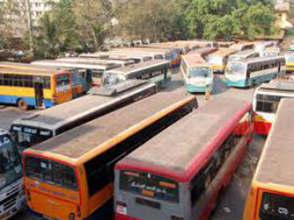 KSRTC employees go on flash strike