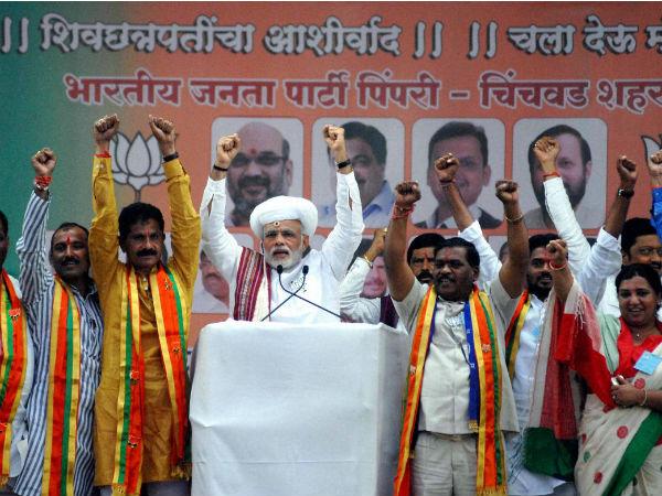 Prime Minister Narendra Modi addresses a BJP election rally at Pimpri in Pune on Thursday.