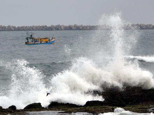 NASA monitoring Cyclone Hudhud