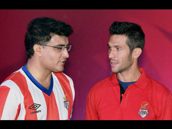 Sourav Ganguly with Atletico de Kolkata's marquee player Luis Garcia