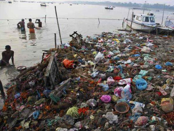 Ganga river polluted