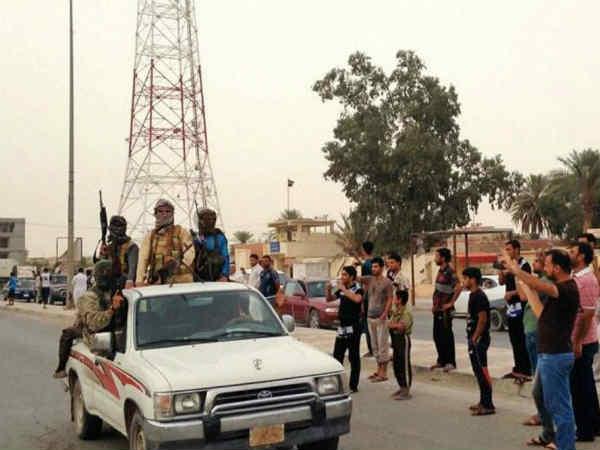 Australia urges citizens to leave Iraq capital