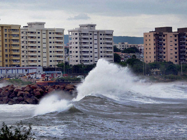 LIC to step up services in cyclone-hit AP, Odisha