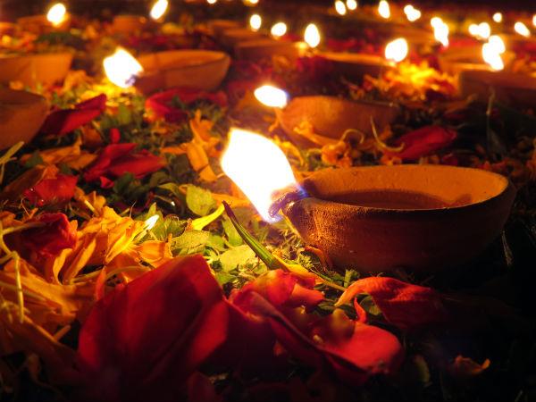 Widows of Vrindavan pledge to keep Yamuna clean this Diwali