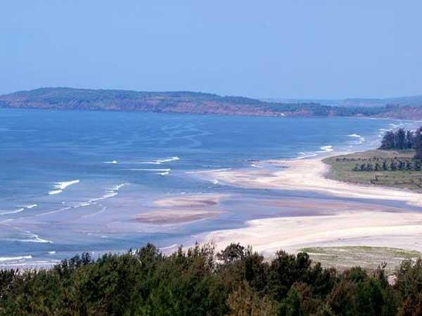 Female Russian tourist molested, robbed at Goa beach