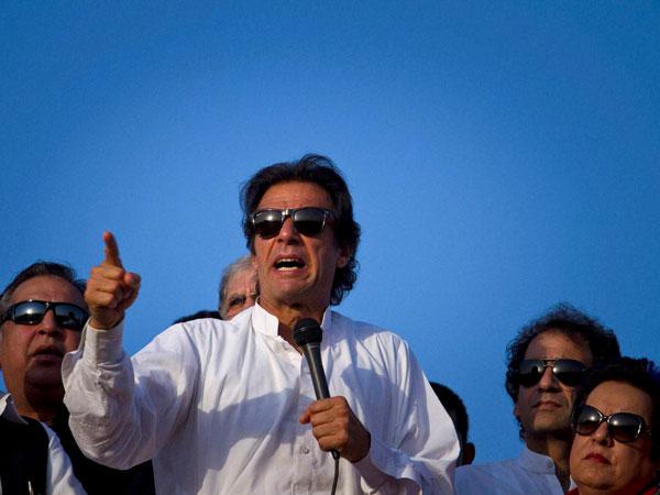Imran Khan talks of PTI, Pak and Hindus