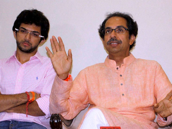 Shiv Sena takes a swipe at Modi