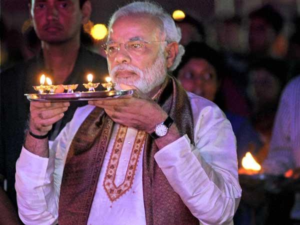 Kashmir flood victims pin hope on PM Modi's visit on Diwali