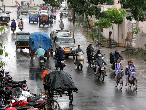 Seven colleges damaged in Cyclone Hudhud