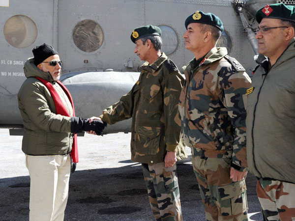 Indians stand by soldiers in Siachen: PM