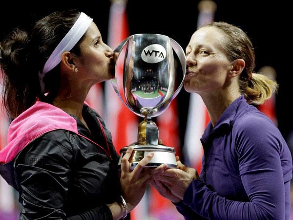 Sania-Cara win WTA Finals crown