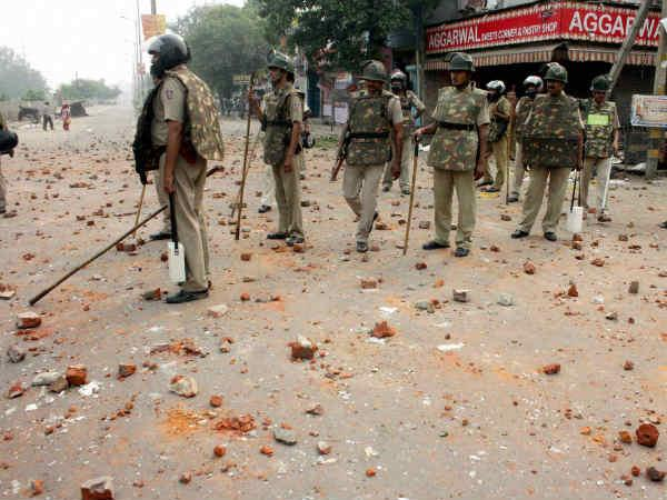 Communal violence in Trilokpuri.